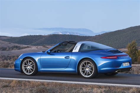 new porsche 911 elegant and beautiful the new porsche 911 targa golden