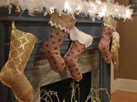 sew burlap christmas stocking  tos diy