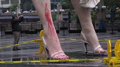 marilyn monroe statue hit  vandals  chicago tribune