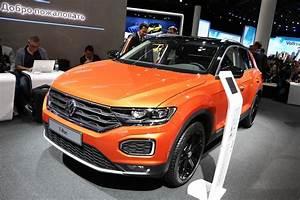 T Roc Volkswagen : vw to triple t roc production before launch carscoops ~ Carolinahurricanesstore.com Idées de Décoration
