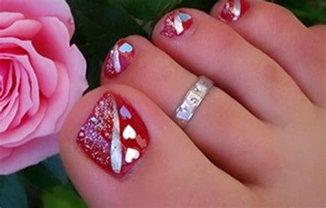 Diseños de uñas pintadas para pies (pedicure fácil paso a paso) 👍uñas y peinados. uñas para los pies rojo ⋆ Diseños de uñas decoradas