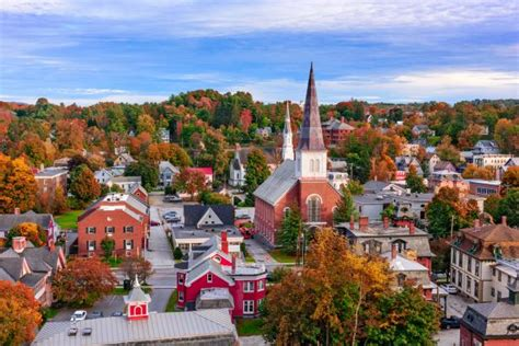 top   small towns  visit  united states