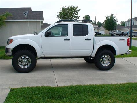 nissan frontier 6 inch lift fabtech lift installed tunfs the ultimate nissan