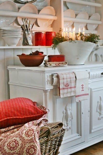 images  vintage red  white kitchens  pinterest vintage kitchen cottage