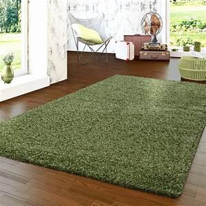 Hochflor Teppich Grün : flauschiger hochflorteppich shaggy einfarbig hochwertig in gr n hochflor teppich ~ Markanthonyermac.com Haus und Dekorationen