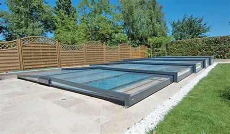 abri de piscine rideau abri de piscine rideau votre fabricant d abris de piscine en aluminium