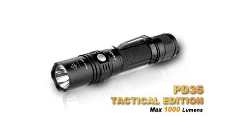 Le Torche Fenix Pd35 by Le Fenix Pd35 Tactical Le Torche Tactique Pour La