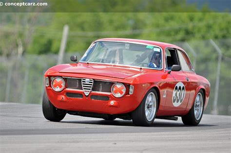1965 Alfa Romeo by 1965 Alfa Romeo Giulia Photos Informations Articles