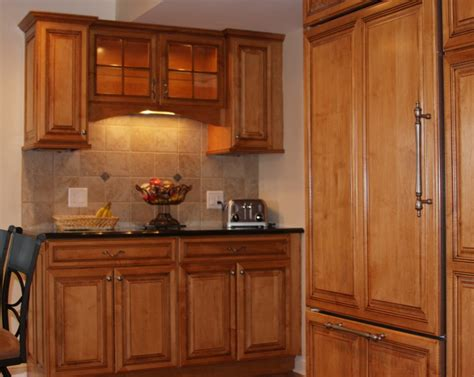 amish kitchen cabinets find this pin and more on amish