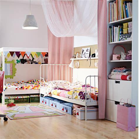 chambre chez ikea chambre pour deux enfants comment bien l 39 aménager