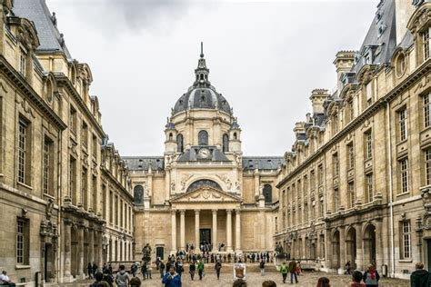 Tuition Fees and Living Costs in France - MastersPortal.com