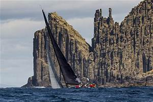 Rolex Sydney Hobart Yacht Race - Fleet Closing in on Hobart
