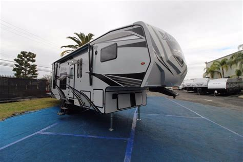 2021 Eclipse Attitude Wide Lite 5th Wheel F2816SAG ...