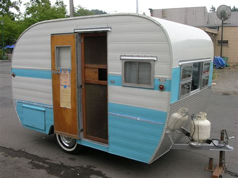 russian river vintage travel trailers lets  rving pinterest vintage travel trailers