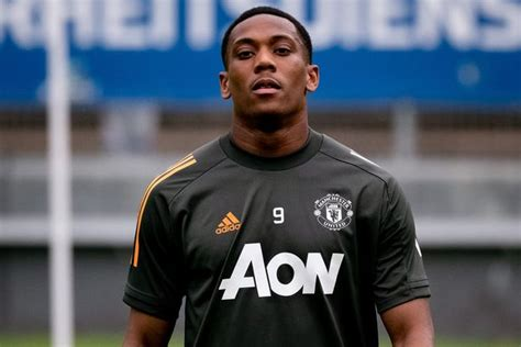 Man Utd have a ready made No.9 amid Anthony Martial