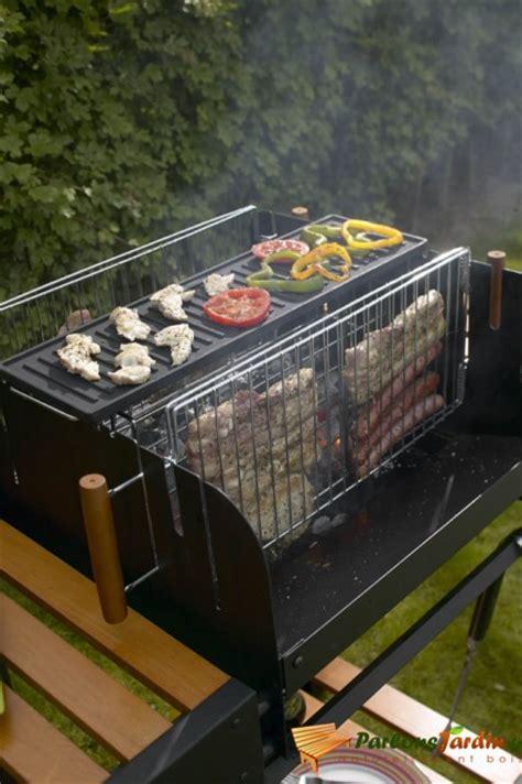 chariot de cuisine en bois barbecue à charbon de bois vertical parlonsjardin fr