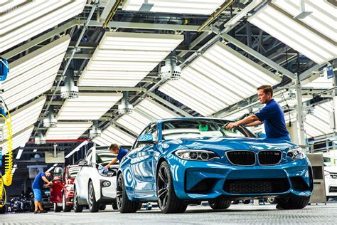 """Bmw """"manufacturing 40""""  Changes Of The Fwd And Rwd"""