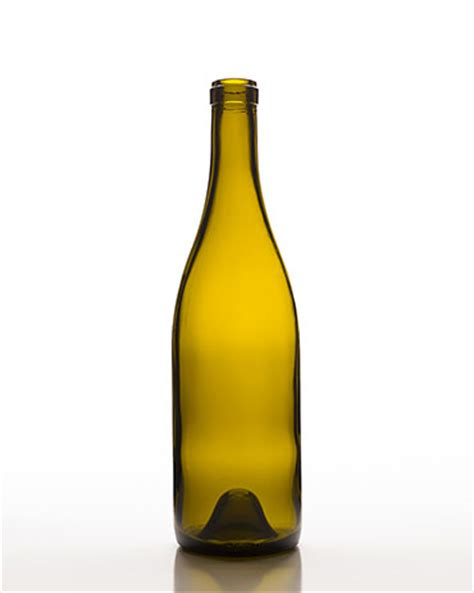 Glass bottle free mockup to showcase your food packaging design in a realistic way. Encore Glass - WCL BURGUNDY CLASSIQUE