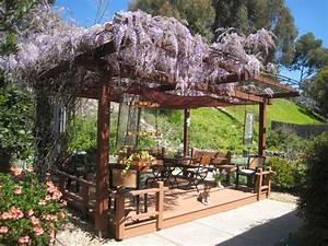 12 exemples damenagement jardin avec des glycines With decoration mur exterieur jardin 1 decoration vegetale le rideau vegetal jardiniere d