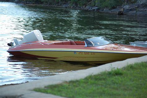 Glastron Boats by 1979 Glastron Carlson Cvx 20 Sprint Onatrailer