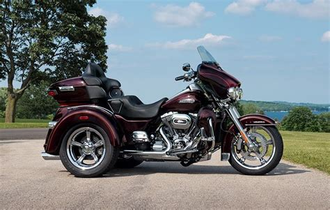 How Much Is A New Harley Davidson by How Much Motorcycle Can You Fit On Three Wheels One Look