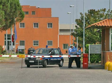 Carcere Di Pavia by Nel Carcere Di Pavia Tre Detenuti Hanno Tentato Il