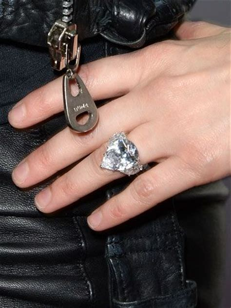 Avril Lavigne  Jewels  1 Pinterest