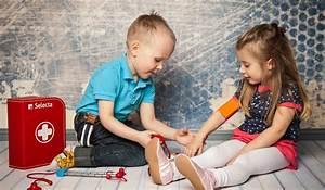 Spiele Für Kleinkinder Drinnen : kleinkinder 30 bis 36 monate selecta holzspielzeug ~ Frokenaadalensverden.com Haus und Dekorationen