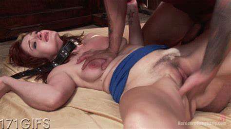 Nickey Huntsman Loving Strongly Snatch Penetration