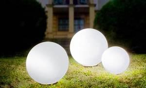 Boule Lumineuse Exterieur : boules lumineuses solaires groupon ~ Teatrodelosmanantiales.com Idées de Décoration