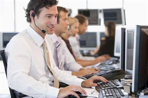 it desk support salary learn how to become a stockbroker