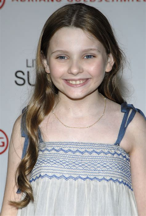 Abigail Breslin Looks All Grown Up And Is Now A Blond