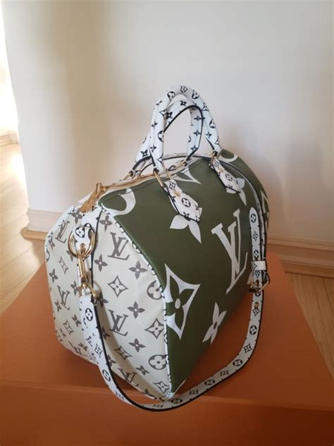louis vuitton bandouliere speedy giant  khaki white beige monogram canvas cross body bag