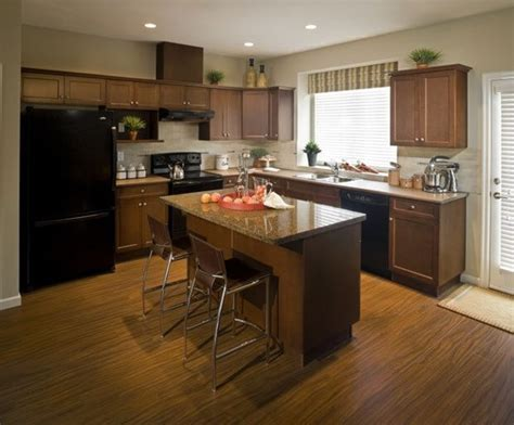 clean kitchen cabinets cleaning wood cabinets