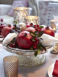 Deko Zweige Rote Beeren : ber ideen zu weihnachtliche tischdekoration auf pinterest weihnachtstischgedecke ~ Sanjose-hotels-ca.com Haus und Dekorationen