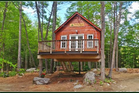 Treehouse Rentals & Disc Golf - The Spruce Suite ...