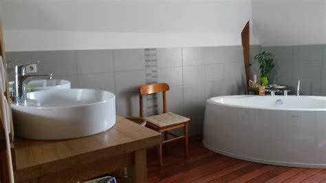 chambre d hote chambre d 39 hotes chateau de courtemanche parennes