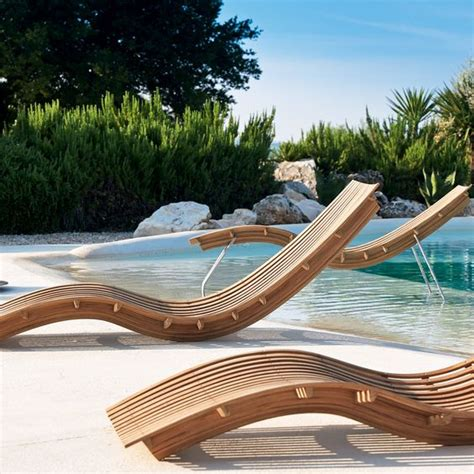 chaise longue piscine pool chaise lounge chair designs hupehome