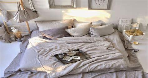 chambre cocooning chambre cosy violet design de maison