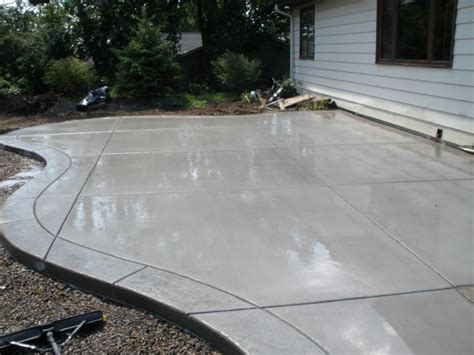 concrete patio floor ideas 25 best ideas about concrete patios on