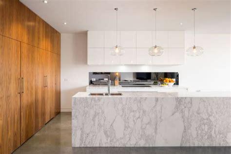 marmore branco na cozinha papo de design