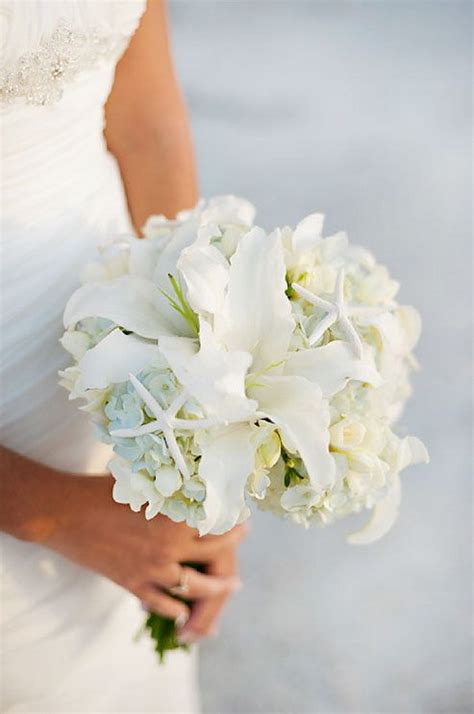beach wedding chic ideas  soft pastel palette elasdress