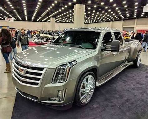 Cadillac Dually Truck 2020 by 25 Best Ideas About Dually Trucks On Lifted