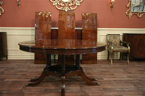 round dining for 10 round to oval round mahogany dining with leaves