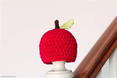 newborn fall apple crochet pattern favecraftscom