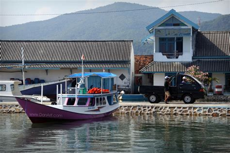 discover  exotic karimunjawa islands  malaysia