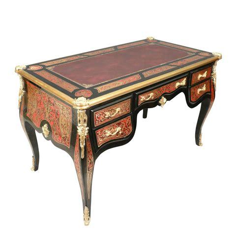 bureau louis xv louis xv desk in marquetry boulle ls bronze