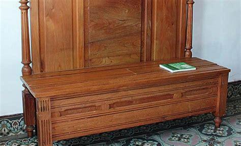 transformer lit en canapé comment transformer un lit en banquette bricobistro