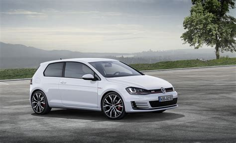 volkswagen golf gti 2014 2014 volkswagen gti photo gallery autoblog