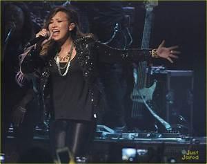 Demi Lovato: Sao Paolo Concert Pics! | Photo 667022 ...